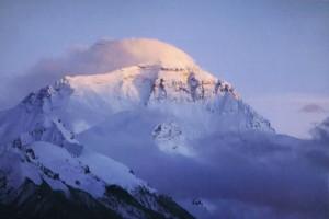 Zonsondergang op de Everest, gezien vanaf Rongbuk...