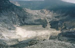 Krater van de Tangkuban Perahu...