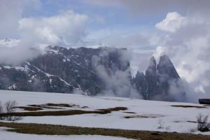 Links de Monte Pez en rechts de Schlern...