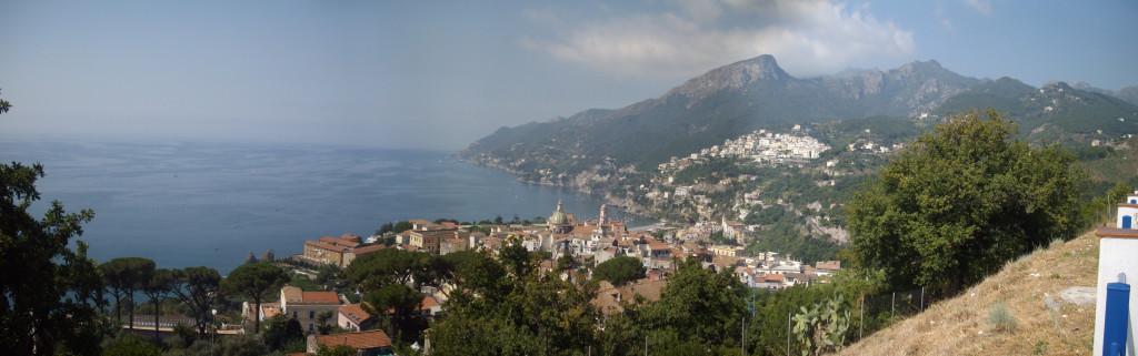 Uitzicht over de Amalfikust...
