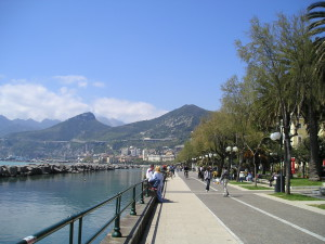 Lungomare, de boulevard van Salerno...