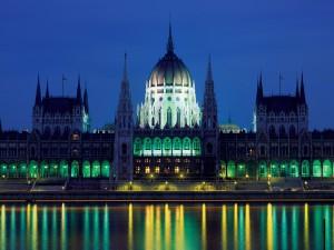 Neogotisch Parlementsgebouw...