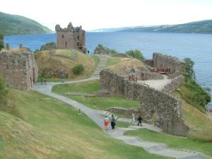 De kasteelruine van Urquhart...