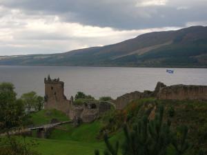 Geheimzinnige sfeer aan Loch Ness...