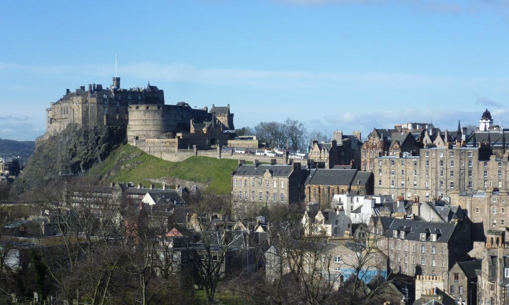 Edinburgh Castle vanuit het zuidoosten gezien...