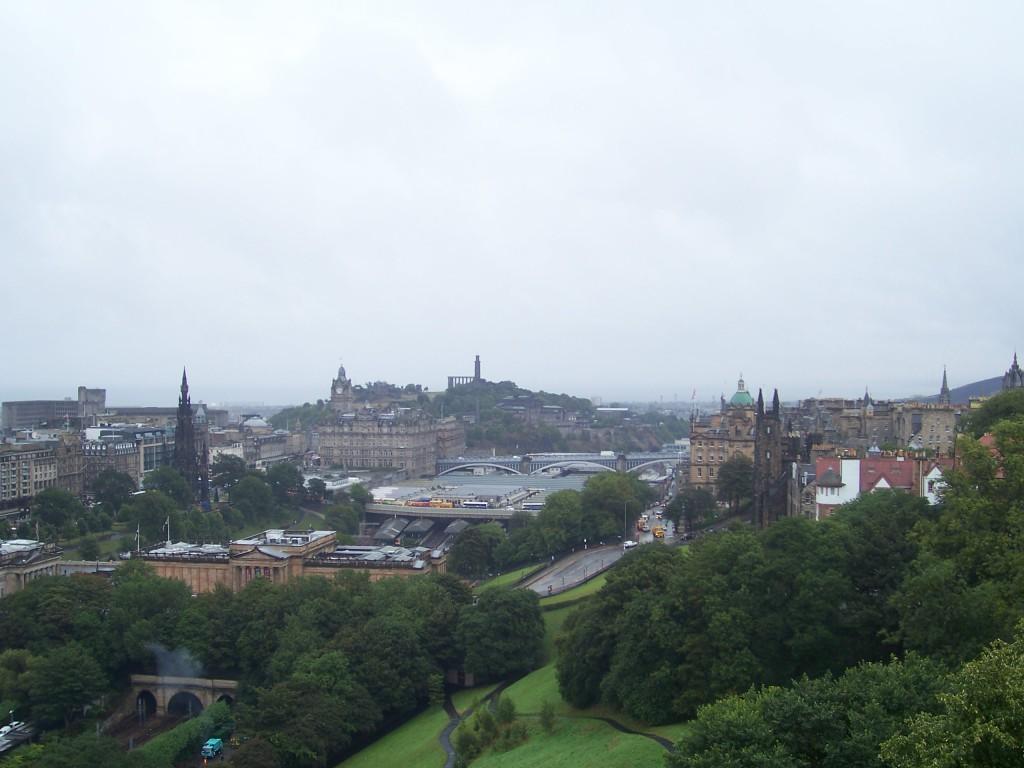 Uitzicht op Edinburgh vanaf Calton Hill