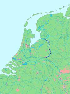 De IJssel vormde de ruggegraat van de IJssellinie...