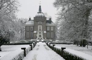 Kasteel Merckenburg of Kasteel Heukelum in de winter...