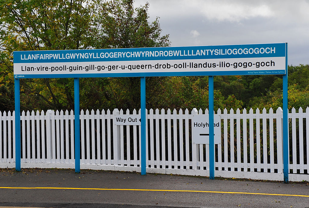 Longest name for a railway station in the world (Wales)