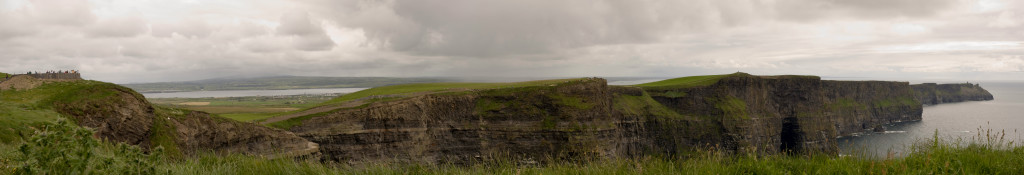 Panorama in great detail of the Cliffs of Moher...