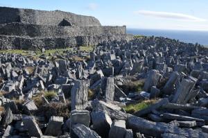 Standing stones around Dun Aenghus...