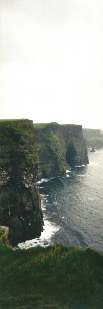 The more than 200 meter high Cliffs of Moher rise suddenly from the Altlantic Ocean...