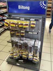 Biltong produkten in de supermarkt van Klawer...