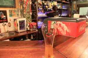 An Erdinger Weizenbeer at the bar of Kucki's Pub...